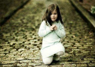 أجمل خلفيات بنات أطفال صغار حلوة للتحميل-خلفيات فور يو